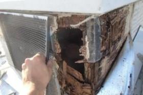 千葉県成田市M様邸の外壁塗装と屋根塗装工程:通気口の修復