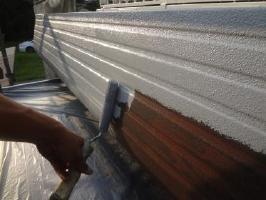 茨城県取手市O様邸の外壁塗装と屋根塗装工程:下塗り(防錆プライマー)