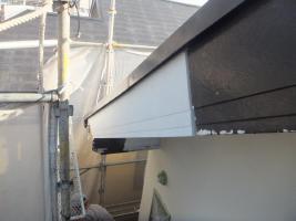 千葉県船橋市U様邸の外壁塗装と屋根塗装工程:劣化箇所(凍害)の交換