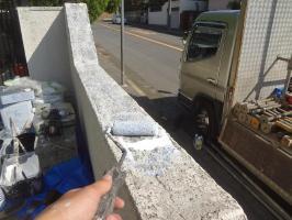 千葉県我孫子市H様邸の外壁塗装と屋根塗装工程:下塗り(浸透性下地強化シーラー)