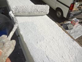 千葉県我孫子市H様邸の外壁塗装と屋根塗装工程:上塗り1回目(一液ファインシリコンセラUV))