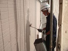 千葉県我孫子市U様邸の外壁塗装と屋根塗装工程:上塗り(オーデフレッシュSi)