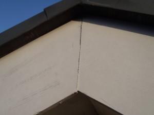 野田市の外壁塗装と屋根塗装の破風板の施工前写真