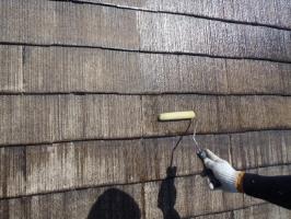 千葉県野田市K様邸の外壁塗装と屋根塗装工程:上塗り2回目(ファインシリコンフレッシュ)