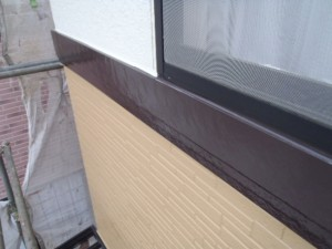野田市の外壁塗装と屋根塗装の幕板の施工後写真