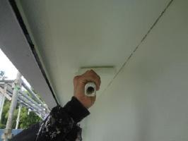 茨城県取手市O様邸の外壁塗装と屋根塗装工程:上塗り2回目 (ケンエースGⅡ)