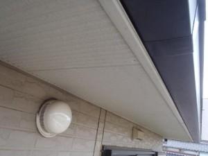 成田市の外壁塗装と屋根塗装の軒天施工前