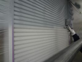 千葉県柏市N様邸の外壁塗装と屋根塗装工程:下塗り(ファインプライマー)