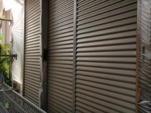 取手市の外壁塗装と屋根塗装の雨戸の施工前写真