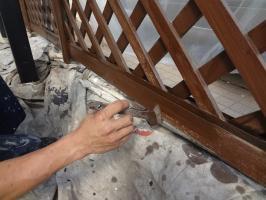 千葉県柏市N様邸の外壁塗装と屋根塗装工程:上塗り(キシラデコール)