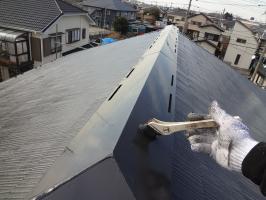千葉県柏市O様邸の外壁塗装と屋根塗装工程:上塗り2回目 (クールタイトSi)