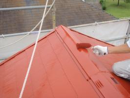 茨城県取手市T様邸の外壁塗装と屋根塗装工程:上塗り2回目(サーモアイSi)